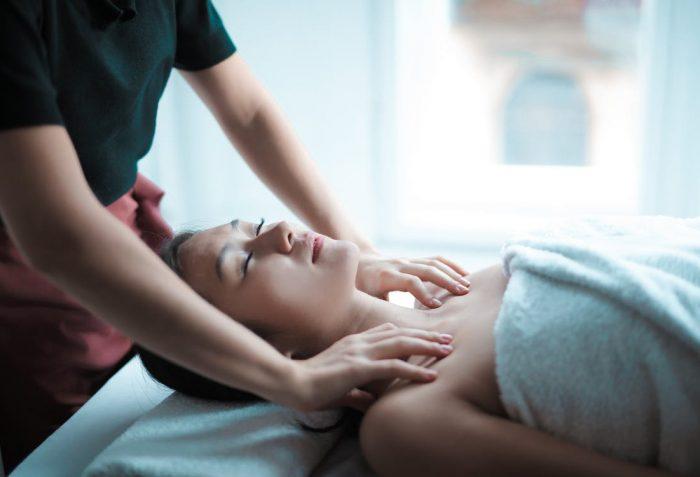 Massagem_Doctor_Caretaker_PilaresdaSaude_Postplan_Pilares_da_Saude_Impact_Transition